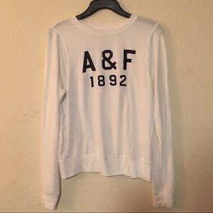 A&F loose fit sweatshirt sz S